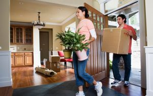 5 Wedding Gifts for the Couple Moving into a New House